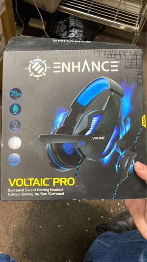 Gaming headset for Sale in Montclair, CA
