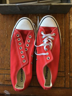 Red converse shoe for Sale in Pomona, CA