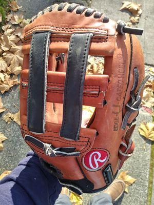"Rawlings Baseball Glove RPT12 11"" for Sale in Tacoma, WA"