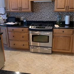 Gas Stove for Sale in Lady Lake,  FL