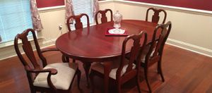 Oval Queen Anne Dining Set for Sale in Dublin, GA