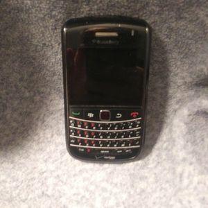 Blackberry for Sale in Amherst, VA