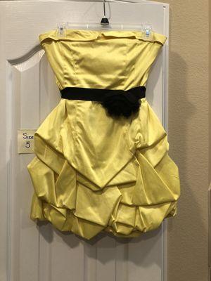 Yellow Size 5 Semi-Formal Dress for Sale in Arlington, TX