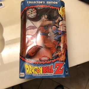 Collectors Edition Dragonball Z Goku 2001 for Sale in Port Richey, FL