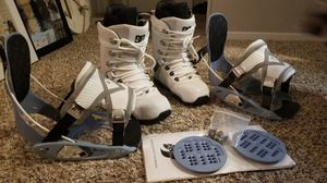 WOMENS DC BOOTS & FLOW BINDINGS for Sale in Austin, TX