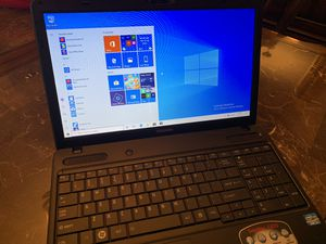 Toshiba laptop. Windows 10. Great condition for Sale in North Lauderdale, FL