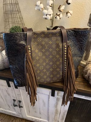 Brand new custom made authentic Louis Vuitton on the face of the bag! for Sale in Parker, CO