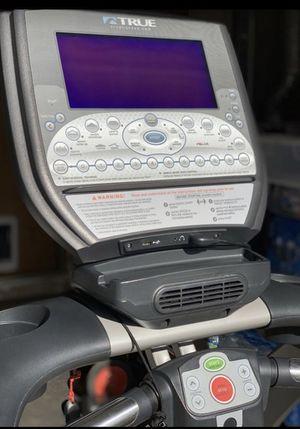 True treadmill model CS550-T11 for Sale in Gresham, OR