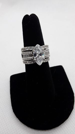 3 ring set Large CZ center stone sparkly for Sale in Ontario, CA