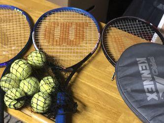 Tennis Racket for Sale in Everett,  WA