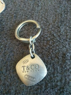 Authentic Tiffany and Company Keyring with Pendant. $300 OBO for Sale in Oakdale, CA