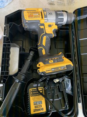 Dewalt brushless xr 3 speed hammer drill 1 battery 1 charger 1 case for Sale in Plant City, FL
