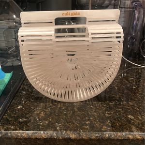 Authentic Cult Gaia Acrylic Pearl White Ark Bag; Used One Time; Price Negotiable for Sale in Miami, FL