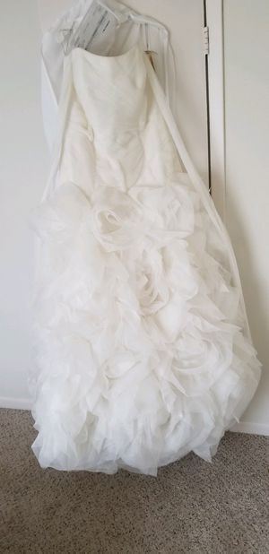 David's Bridal Wedding Dress brand new / never worn for Sale in Tampa, FL