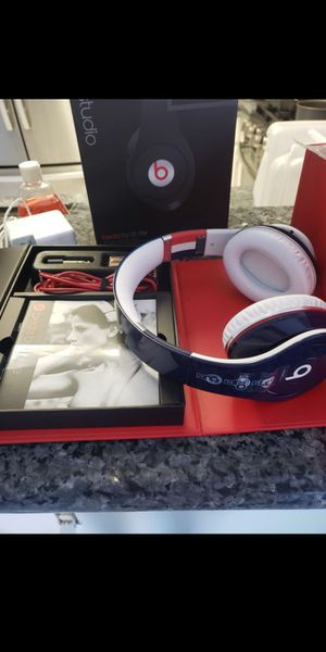 100% Authentic Dr Dre Beats Studio SPECIAL EDITION Italy & France By Apple Headphones Brand New Open Box!! for Sale in Las Vegas, NV