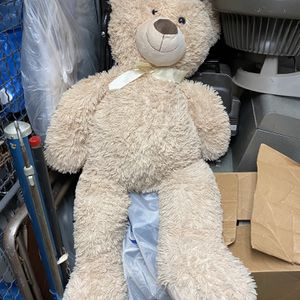 Large Huggable Bear for Sale in Brooklyn, NY