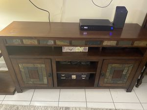 2 matching lamps, coffee table, TV Stand - Best Offer for Sale in FL, US