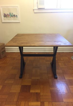 """40"""" Square Drop Lead Rustic Dining Table for Sale in St. Louis, MO"""