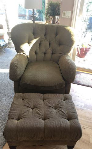 Green wing back chair and ottoman for Sale in Clackamas, OR