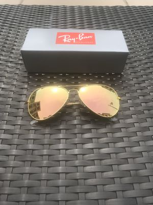 Rose Gold Ray Bans for Sale in Doraville, GA