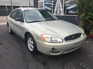 Ford Taurus 2000$ only for Sale in Miami, FL
