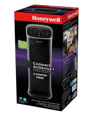 Honeywell HFD280B Compact AirGenius 4 Air Cleaner/Odor Reducer for Sale in Corona, CA