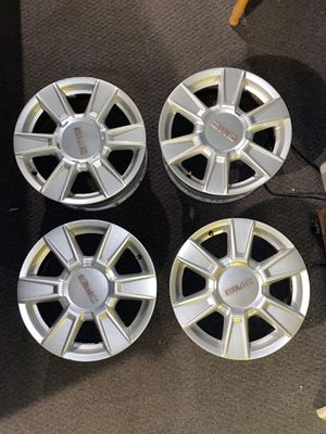 "GMC 17"" rims set of 4 for Sale in New Haven, CT"