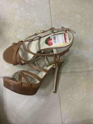 Brand New Michael Kors shoes size 9.5 for Sale in Fort Myers, FL