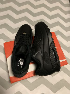 Brand new men's air max 90 leather solid triple black shoes size 11.5.Price is firm for Sale in The Bronx, NY