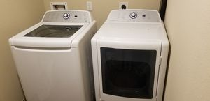 Electric Frigidaire washer and dryer for Sale in Spring, TX