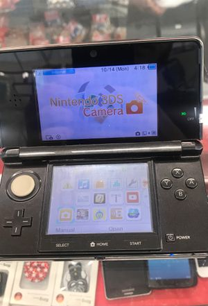 Nintendo 3ds w free game for Sale in St. Louis, MO