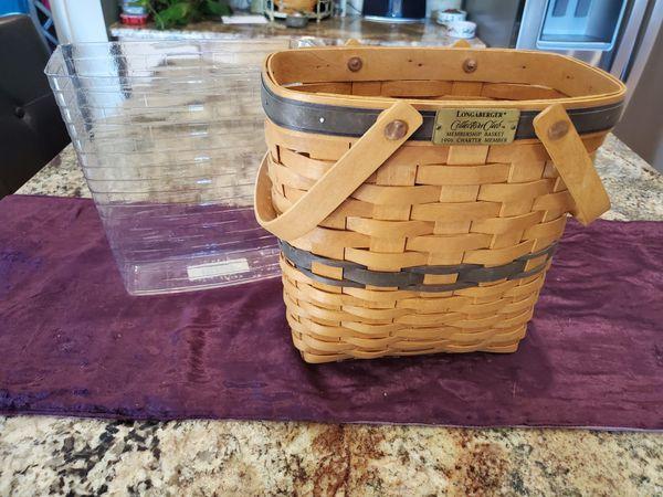 1996 Longaberger Collectors Club Membership Tall Key Basket
