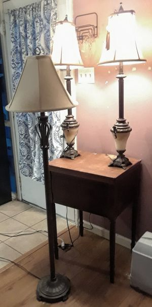2 Beautiful Table Side Lamps for Sale in Mineral Wells, MS