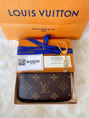 NEW AUTHENTIC Louis Vuitton Key Pouch for Sale in Los Angeles, CA