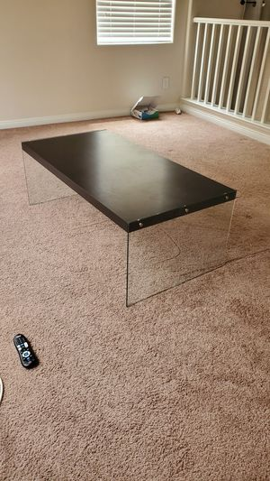 Floating coffee table for Sale in North Las Vegas, NV