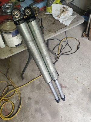 Radflo 2.5 air struts for Sale in Lynnwood, WA