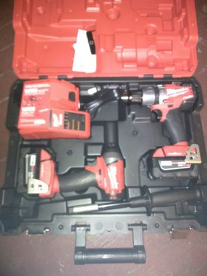 Milwaukee m18fuel one key hammer drill driver combo kit for Sale in Portland, OR