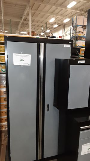 Sandusky cabinet for Sale in Phoenix, AZ