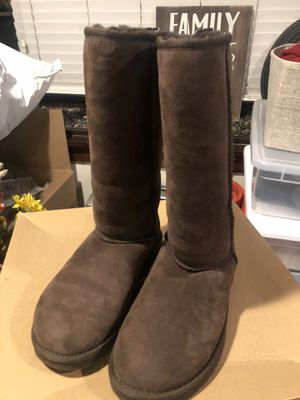 Classic tall women's UGG boots for Sale in Long Beach, CA