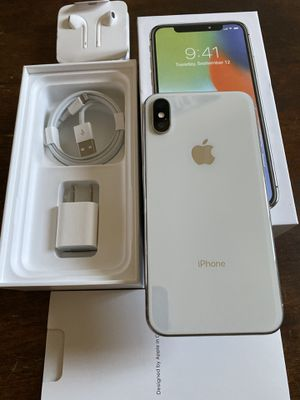 iPhone X silver 64gb unlocked (desbloqueado para todas las compañías) for Sale in Monterey Park, CA