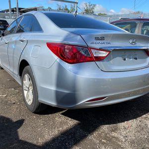 I Have Hyundai Sonata 2012 2014 For Parts for Sale in Opa-locka, FL