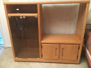 Oak Rolling Cabinet TV Entertainment for Sale in Fort Myers, FL