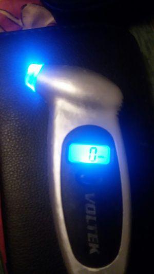 VOLTEK, Digital air pressure gauge for Sale in Parkersburg, WV