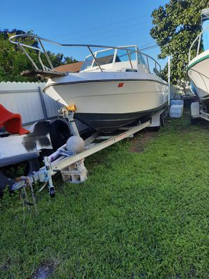 Bote / Boat Marine 22 ft Mercury 250 EFI for Sale in Miami, FL