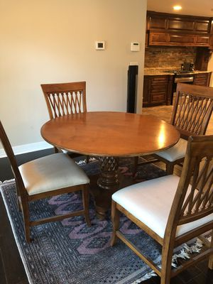 Hardwood dining room set for Sale in Victoria, TX