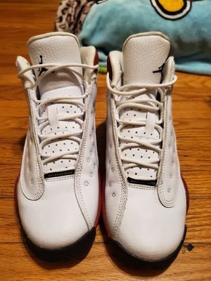 Air Jordan grade school 13 chicago size 4 youth for Sale in Monterey Park, CA