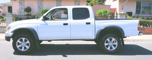 Economy car 2003 Toyota Tacoma New battery for Sale in Cleveland, OH