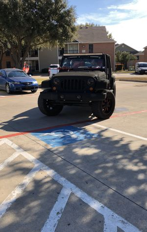 2007 Jeep Wrangler unlimited leather lifted 20 inches rims wheels nav / camera Bluetooth rwd clean title for Sale in Fort Worth, TX