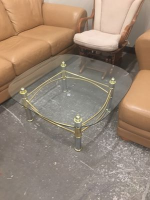 Nice coffee table for Sale in Apache Junction, AZ