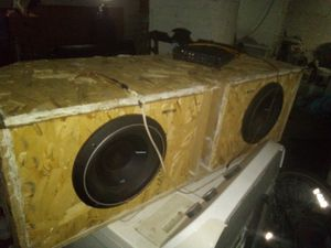 To Rockford fosgate P2 tens and homemade box with Cobalt Orion 800w amp for Sale in Cleveland, OH